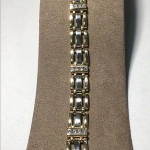 Jewelry - 14 karat WG/YG gold diamond fancy link bracelet
